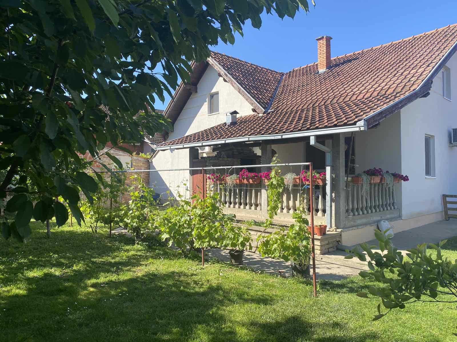 kuća - NOVI SAD - VETERNIK - 3040402